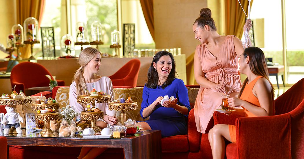 Послеобеденное чаепитие в салоне Raffles