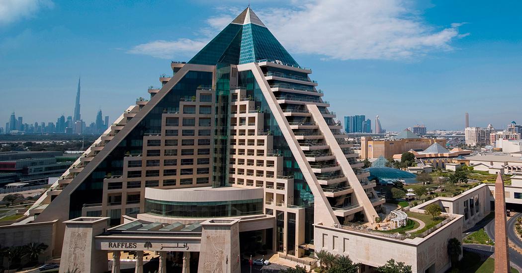 العطلة الداخلية في رافلز دبي (Raffles Dubai)
