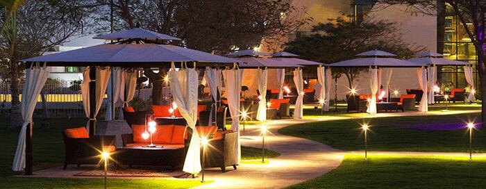 Сад «Raflles» в отеле Raffles Dubai