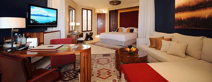 Фирменный номер в отеле Raffles Dubai