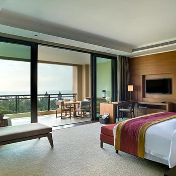 Premium Ocean Front Zimmer