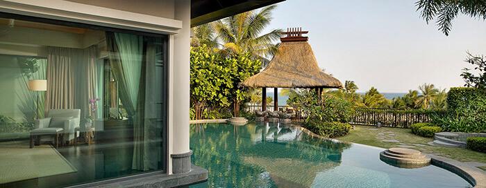 Вилла «Royal» с видом на океан и бассейном в Raffles Hainan