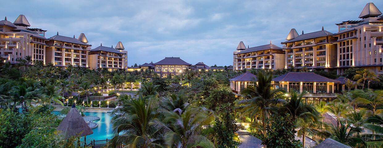 Вид на отель в Raffles Hainan