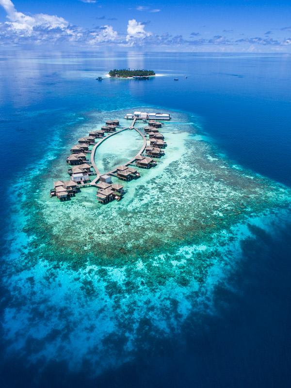 Raffles Maldives Meradhoo - Luxury Hotel in Maldives