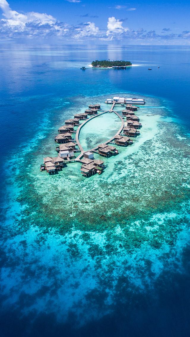 Meradhoo Island