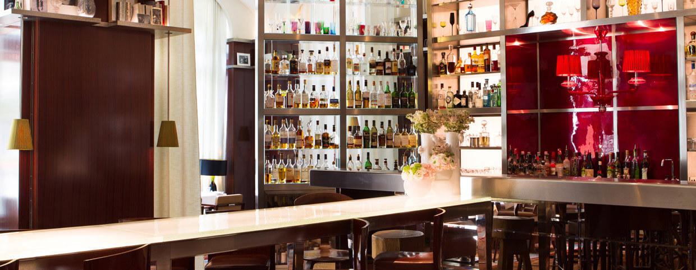 Le bar long le royal monceau raffles paris - Royal monceau la cuisine ...