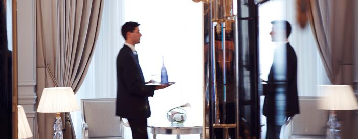 Президентский номер люкс в Raffles Paris