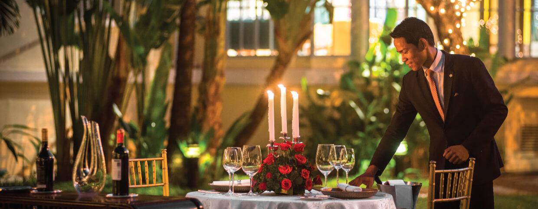 Raffles Hotel Le Royal(ラッフルズ ホテル ル ロイヤル)のお祝い