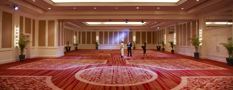 Salle de réception au Raffles Hotel Le Royal