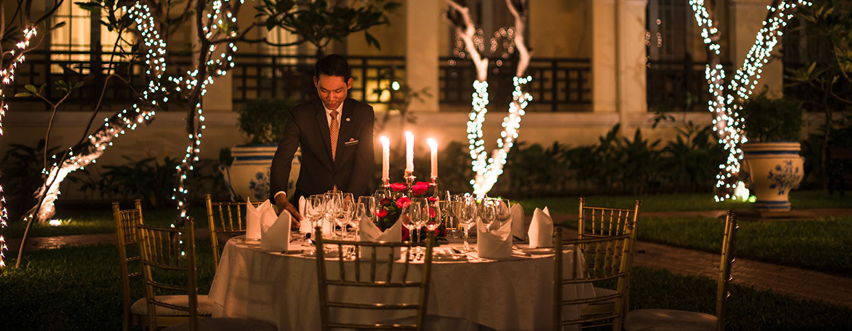 Poolside events at Raffles Hotel Le Royal