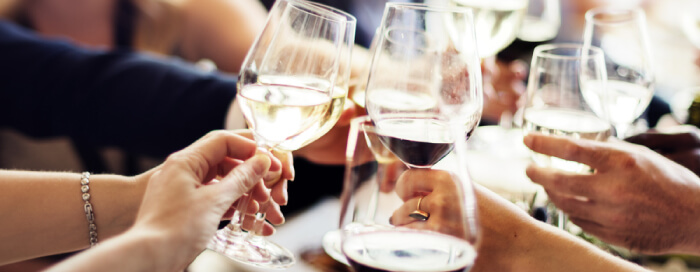 """An Evening with """"Handpicked"""" Wine"""