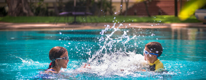 Fraîcheur à la piscine