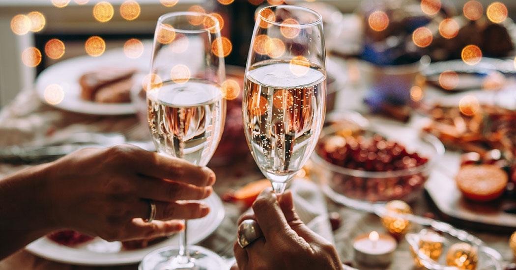 Cena y fiesta de víspera de Año Nuevo