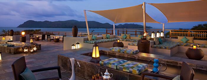 Terrasse Takamaka au Raffles Seychelles