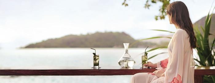 Bar de plage Pti Zil au Raffles Seychelles