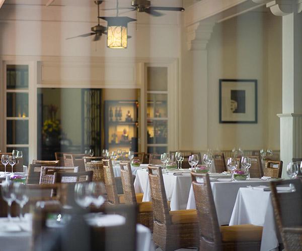 Café D'angkor - Raffles Grand Hotel d'Angkor - Raffles