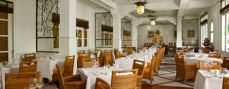 Raffles Hotel d'Angkor(ラッフルズ ホテル ダンコール)のカフェ ダンコール