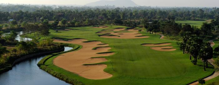 Complexe de golf à Angkor au Raffles Hotel d'Angkor
