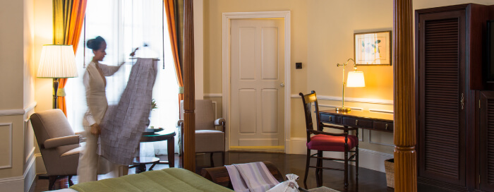 Raffles Hotel d'Angkor(ラッフルズ ホテル ダンコール)のランドマーク スイートのベッドルーム