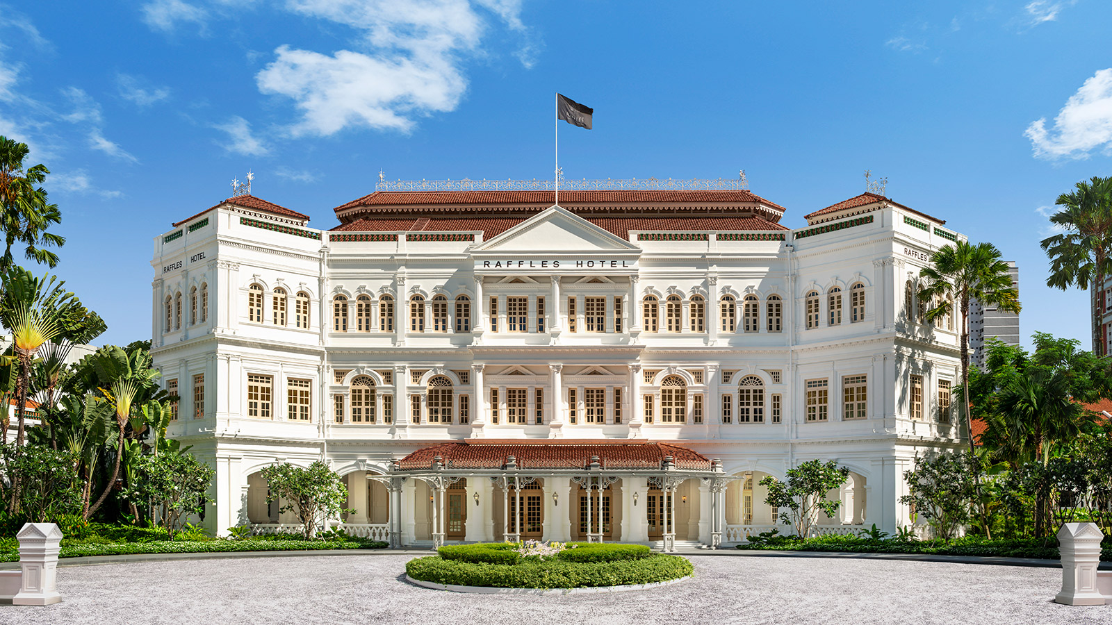 Fachada del Raffles Singapore