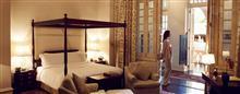 Raffles Singapore(ラッフルズ シンガポール)のプレジデンシャル スイートのベッドルーム