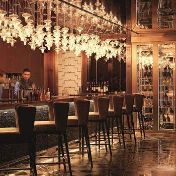 Long Bar au Raffles Istanbul