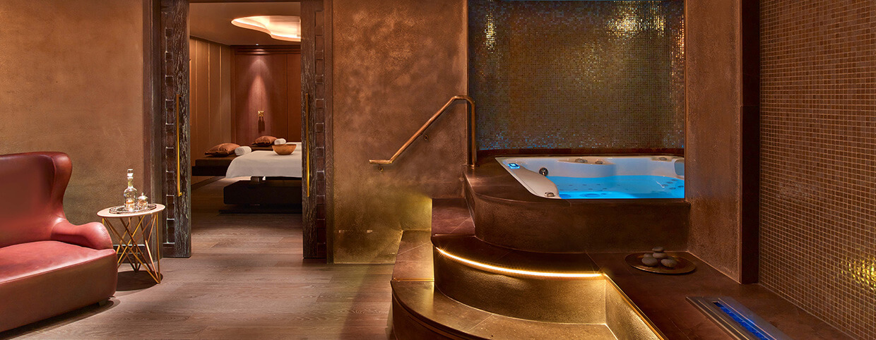 Raffles Spa Couple Suit with Jacuzzi