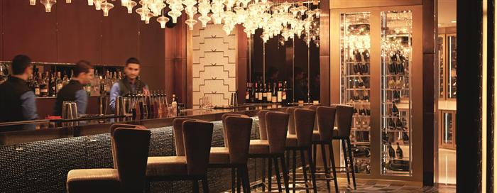 لونج بار بفندق رافلز إسطنبول