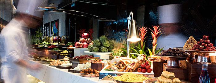 «Шведский стол к ифтару в ресторане Rocca»