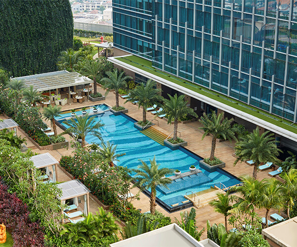 Navina Pool Bar Raffles Jakarta Raffles Hotels Resorts