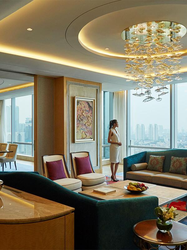 ab9f90d2 2012 4fe3 9575 56253534467a - Mengintip Hotel Mewah Tempat Menginap Rombongan Raja Arab di Jakarta, Berapa Tarifnya?