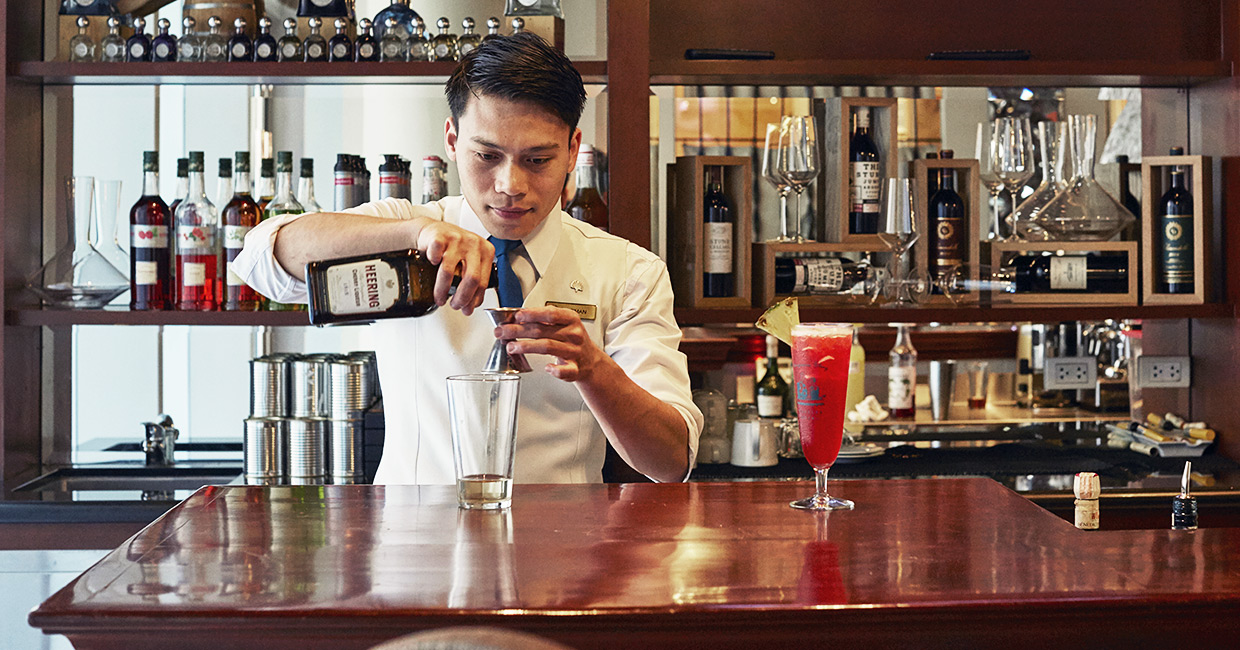 A Twist in the Cocktail - The Singapore Sling was created at the original Raffles hotel in 1915