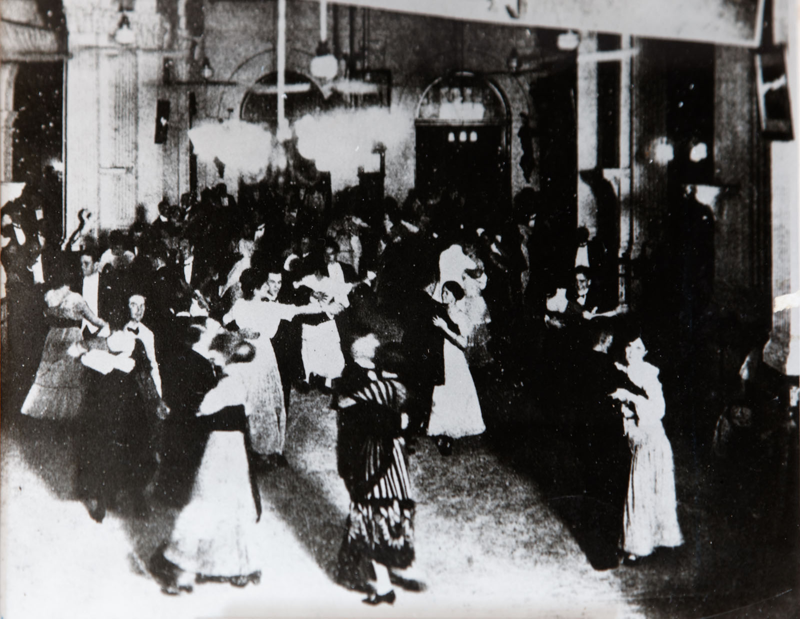 dancing in the hotel's ballroom in 1905