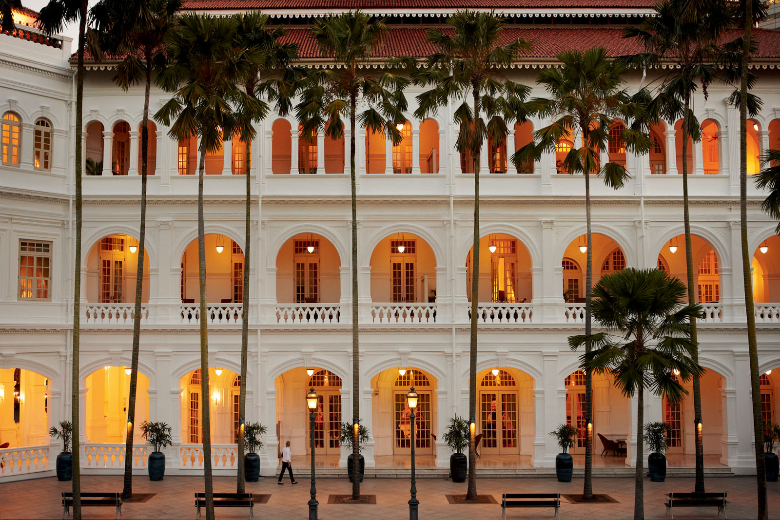 Raffles Singapore is an icon of British colonial architecture