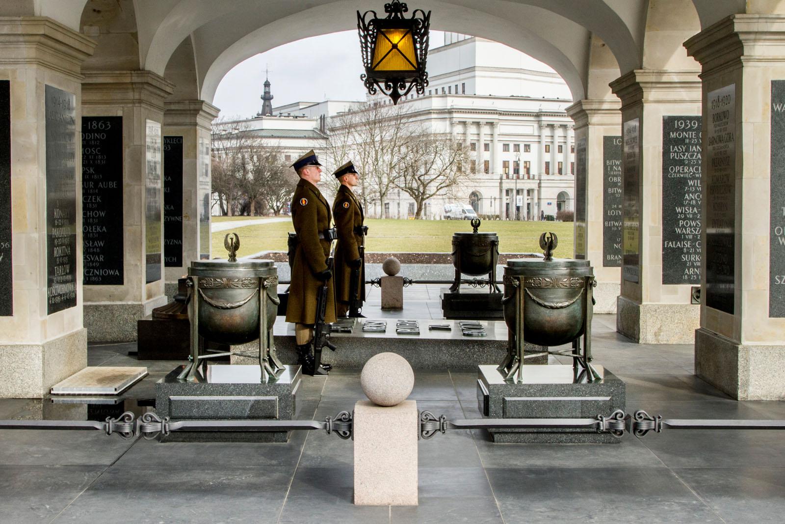 Men on guard: Park Ujazdowski